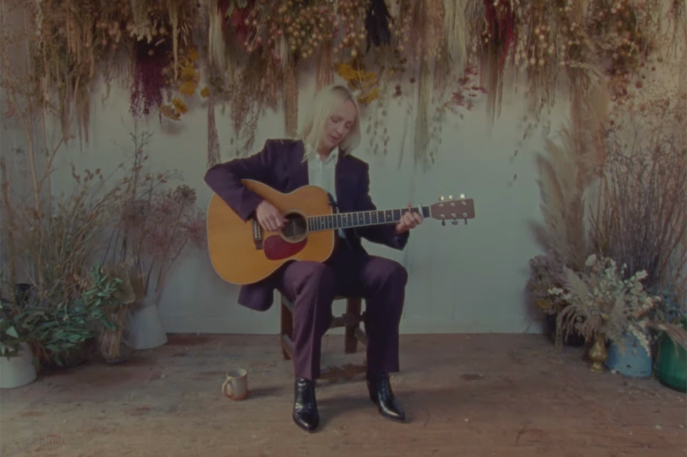 "Laura Marling's Video for ""Fortune"""