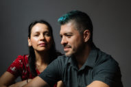 Rodrigo y Gabriela Share 20-Minute Live Rendition of Pink Floyd's 'Echoes'