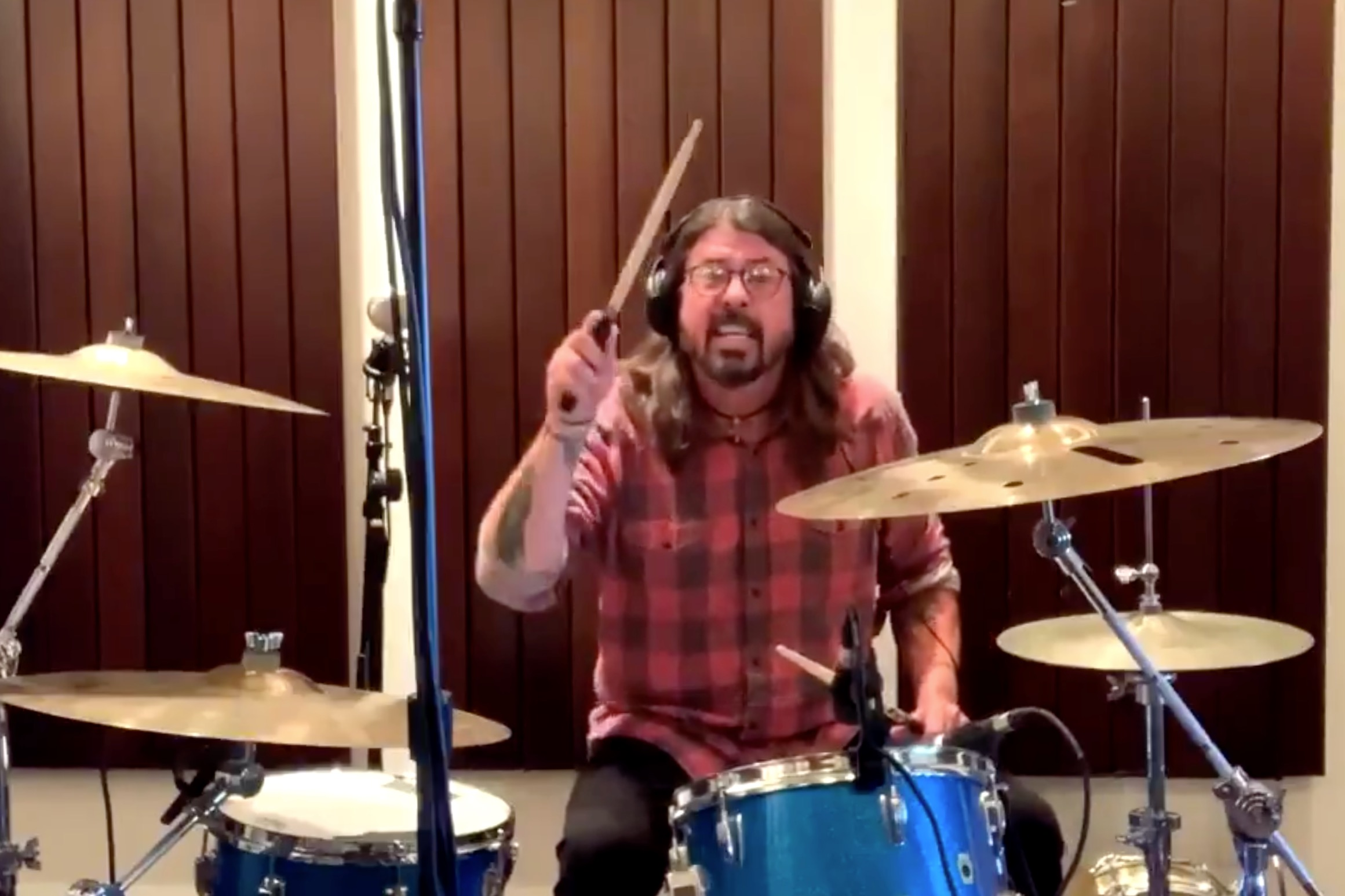 dave-grohl-drum-off