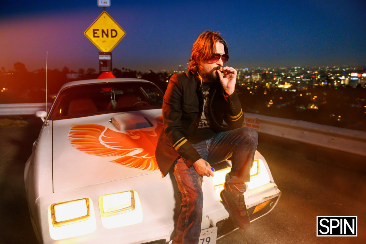 SPIN_Cover_Story-Shooter_Jennings-Hero_Image-5-1600262915