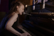 Fiona Apple Live-Debuted Three <i>Fetch the Bolt Cutters</i> Songs at the <i>New Yorker</i> Festival