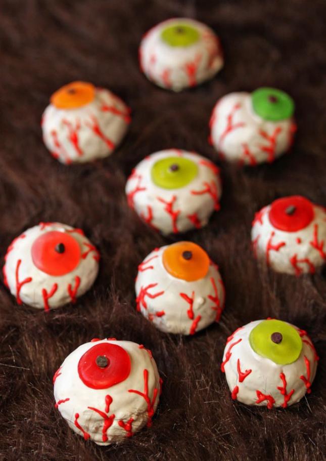 14 Spooky Halloween Breakfast Recipes Brit Co