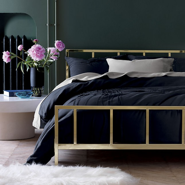 10 Beautiful Beds You Ll Never Want To Leave Brit Co