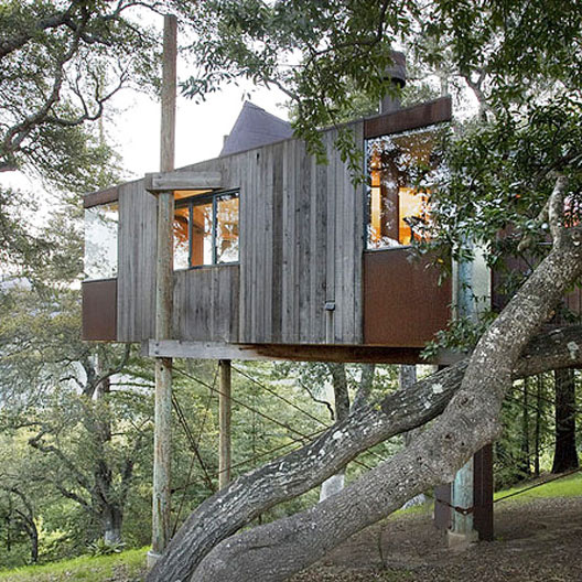 7 Romantic Tree House Rentals For V-Day