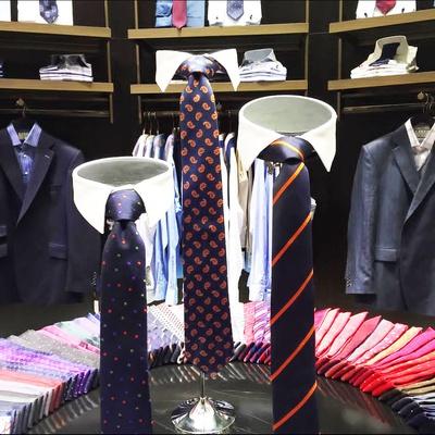 Vogue Men's Necktie Shop