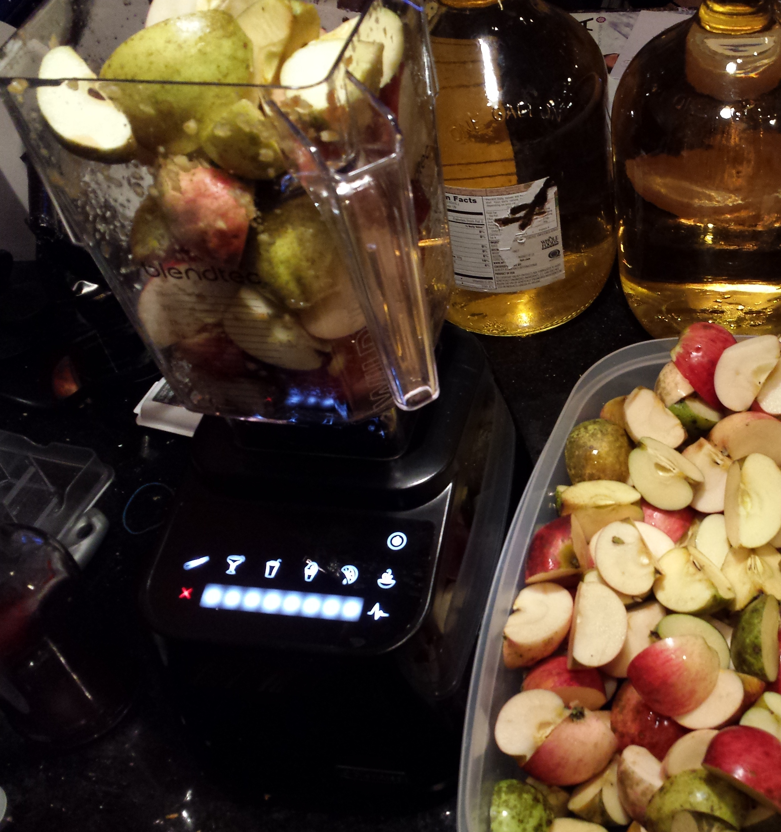 apples in blender