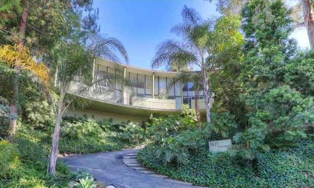 You are an admirer of Mid Century Modern architecture - you'd love to buy a Neutra or a Lautner, or any home designed by a 'case study' architect.