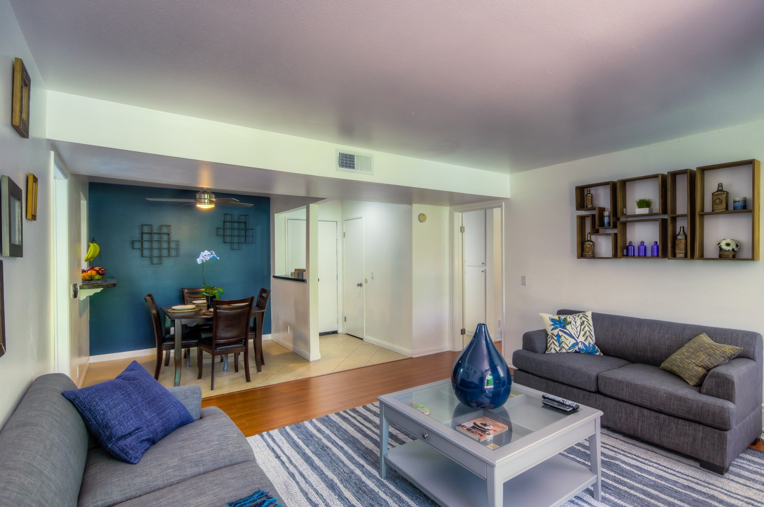 Contemporary FURNISHED, Pet-Friendly Condo Available for Short-Term Stays!