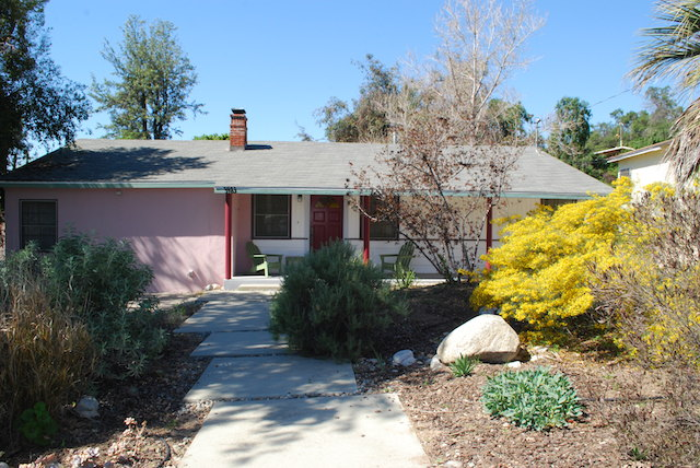 Charming Two Bedroom Home W/ Drought Tolerant Landscaping