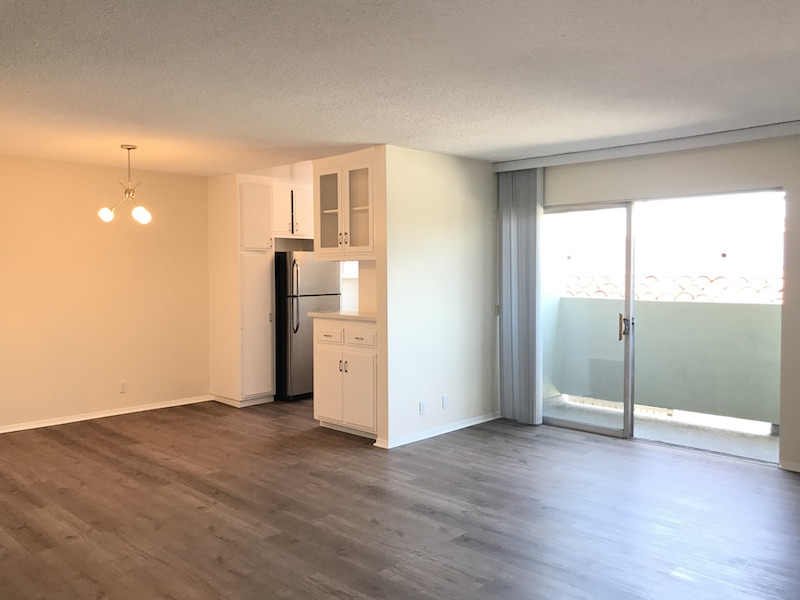 Upper Unit One Bedrm w/ Private Balcony, Brand New Kitchen, Flooring & Paint!