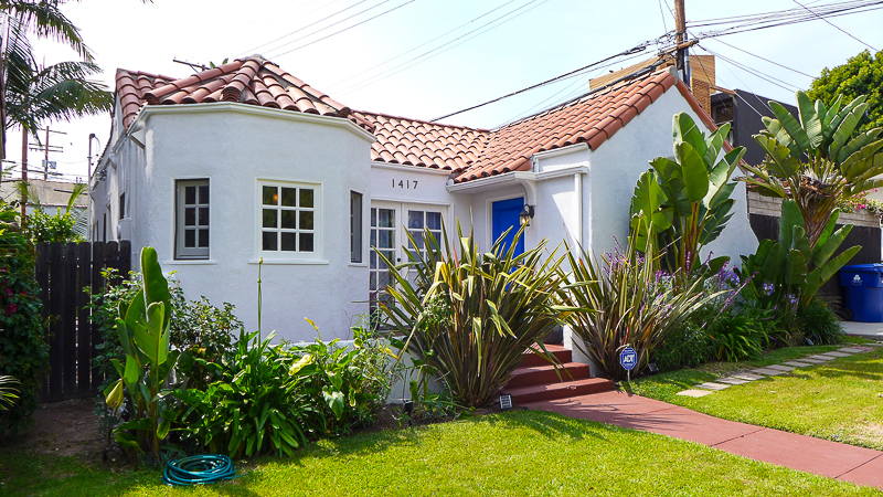 Perfectly Romantic! Updated, Spanish Style Home -Separate Live/Work Carriagehouse Studio - Grassy Backyard