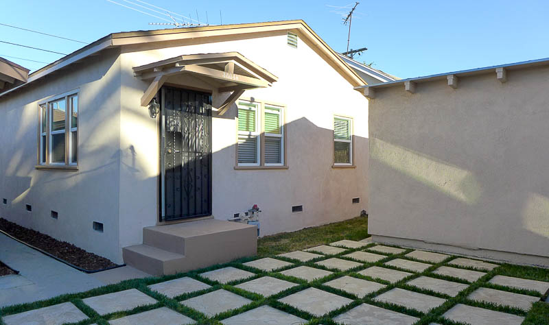 Ultra Sleek & Chic! Just Renovated Spacious Guesthouse– BIG  Back Yard – Brand New Everything! Close to USC