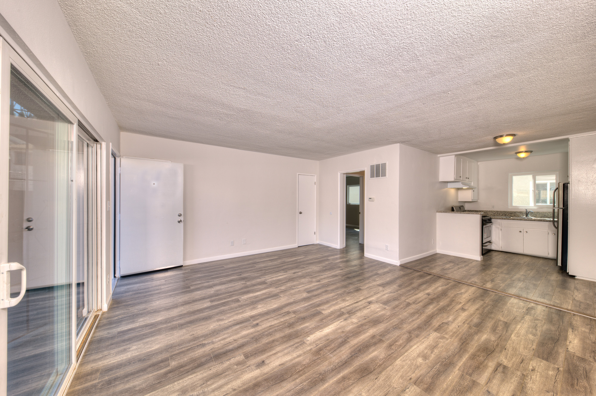 Spacious Silver Lake One Bedroom | Thoughtful Updates | Parking and Onsite Laundry Incl | Near Sunset Juntion