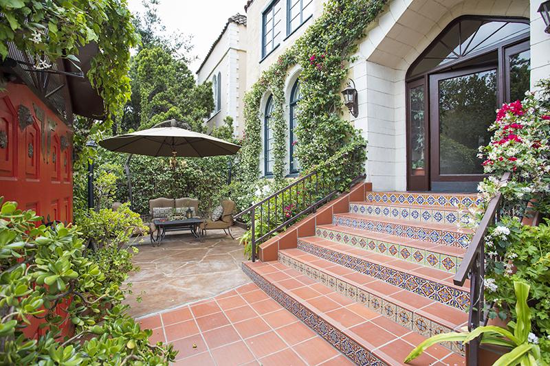 Luxurious Los Feliz Treasure   Lush Garden Oasis   Old World Meets Modern   Central Los Feliz Location