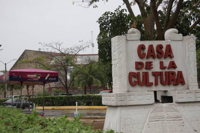 casa-de-la-cultura-cancun
