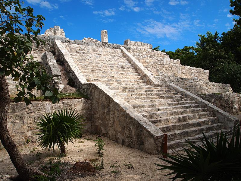zona-arqueologica-el-rey