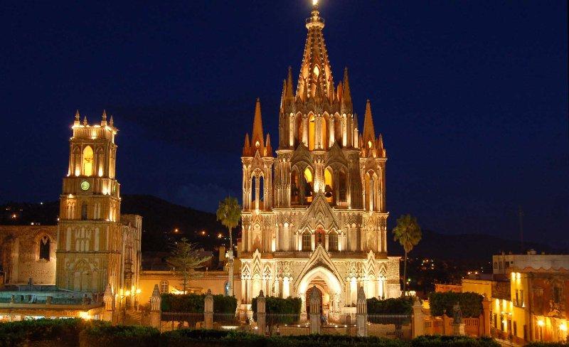 1. Iglesia de San Miguel Arcángel