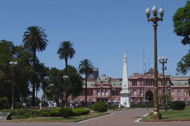 1. Plaza de Mayo