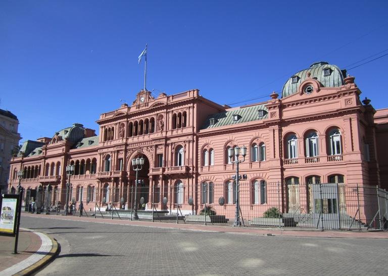 3. Casa Rosada