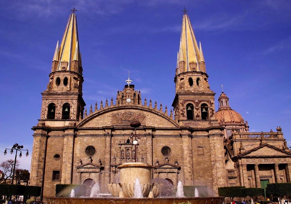 8. Catedral Metropolitana o Catedral de la Asunción de María Santísima