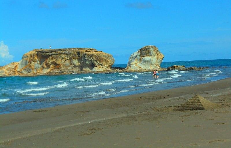 9. Playa Muñecos