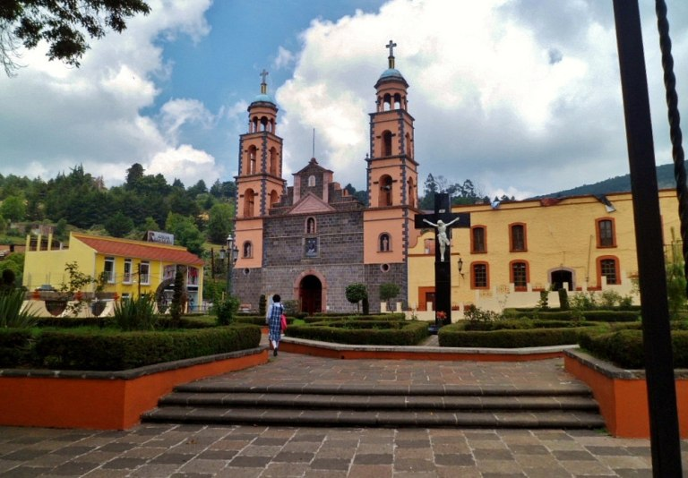1. Iglesia de Nuestra Señora de Guadalupe