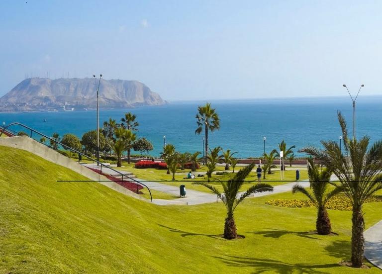 16. Costa Verde