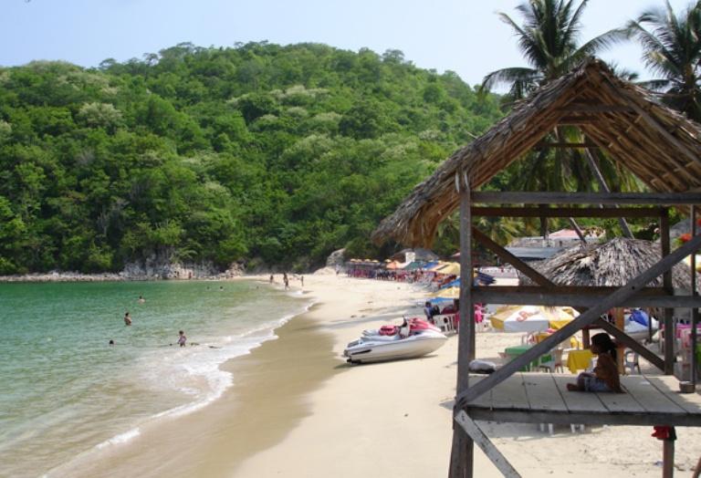9. Bahía Santa Cruz