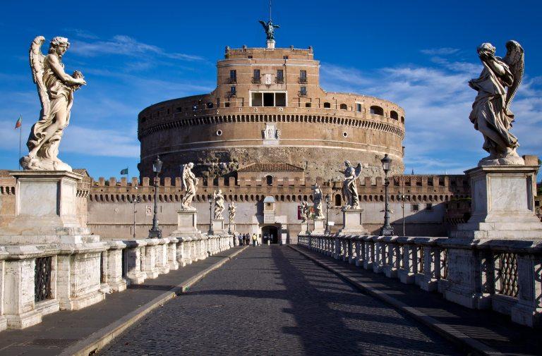 10. Castillo Sant'Angelo