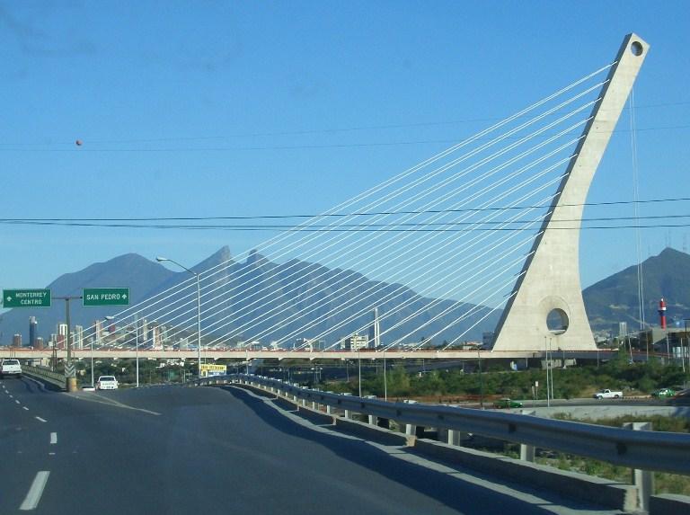 10. Puente de la Unidad