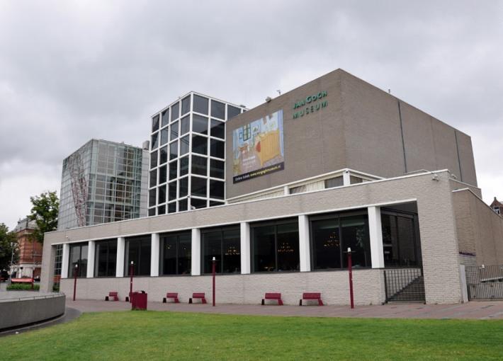 11. Museo Van Gogh