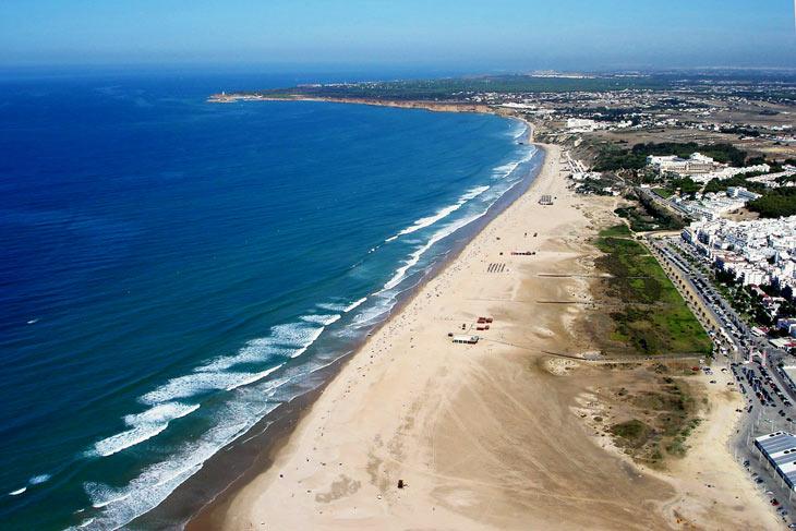 13. Playa de los Bateles