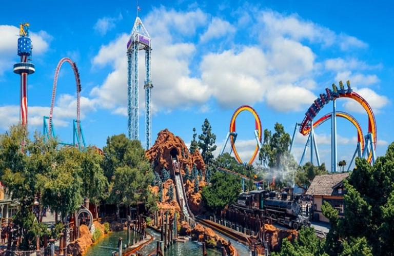 14. Knott's Berry Farm