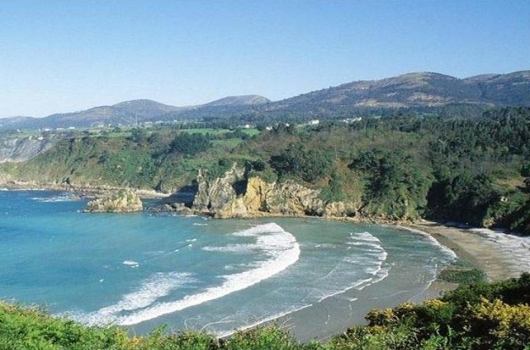 14. Playa de Cadavedo