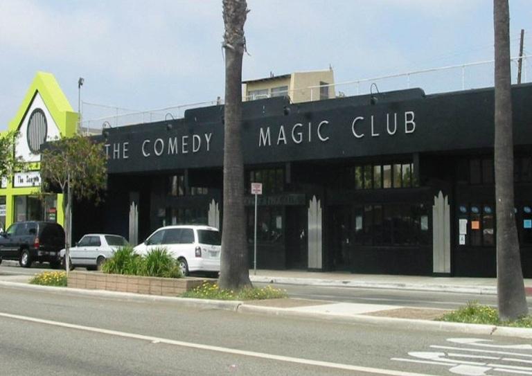 17. Clubs de Comedia