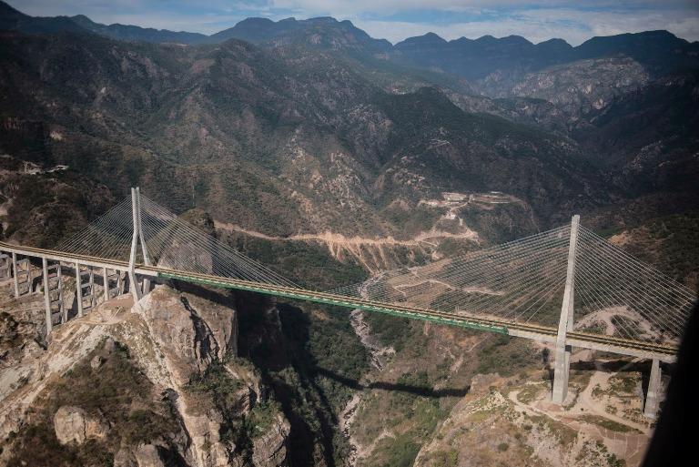 17. Puente Baluarte Bicentenario