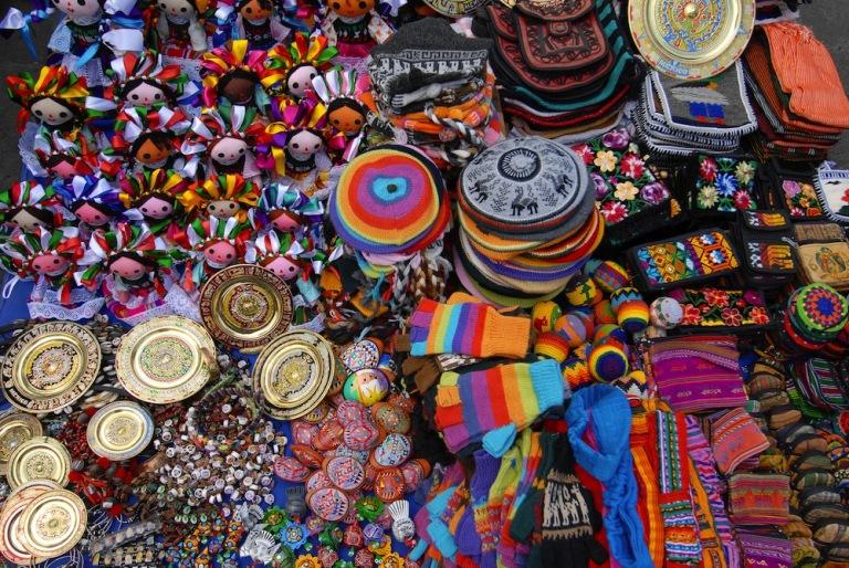 20. Mercado de Artesanías y Platería de la Zona Rosa
