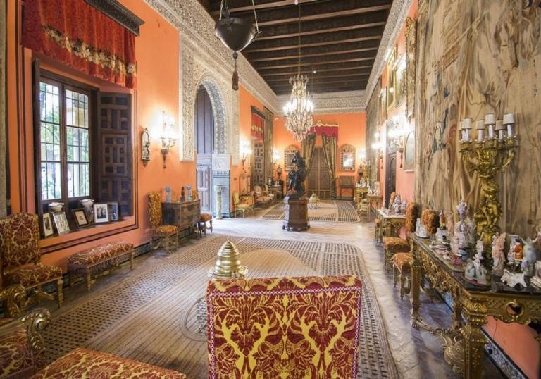 21. Palacio de las Dueñas