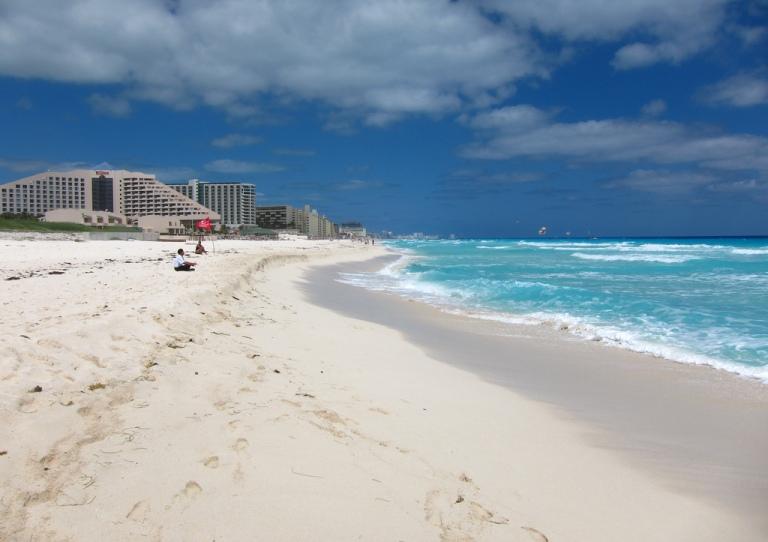 22. Playa Delfines, Quintana Roo