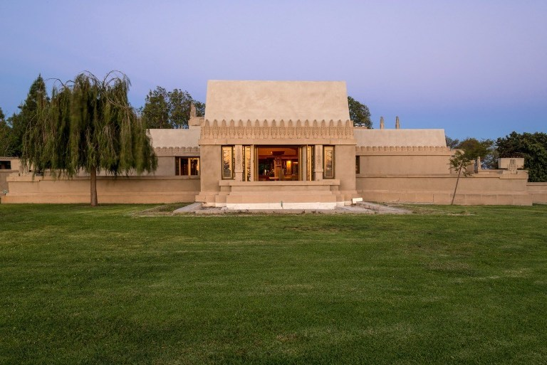 City of Los Angeles DCA - Hollyhock House