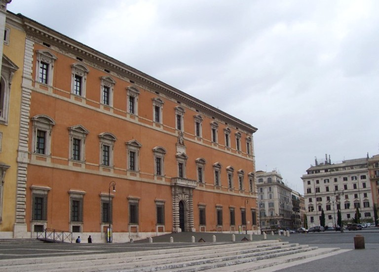 29. Palacio de Letrán