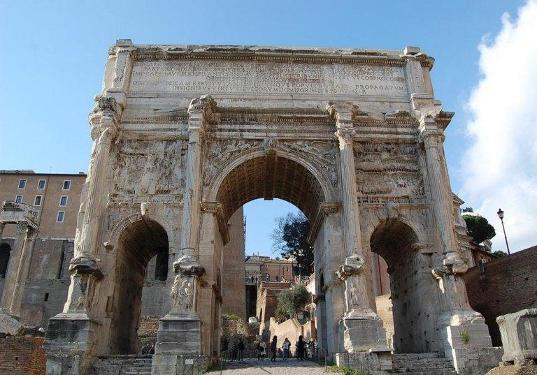 42. Arco de Septimio Severo
