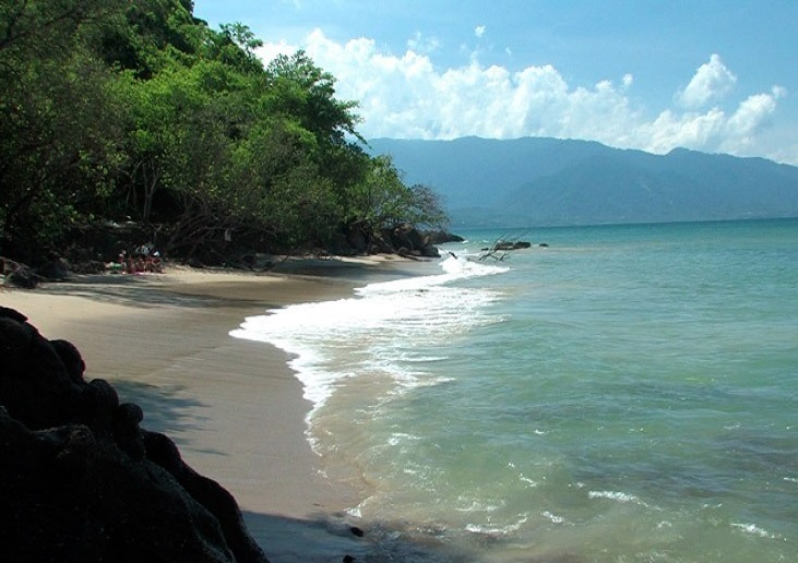 6. Playa Caribe, Miranda