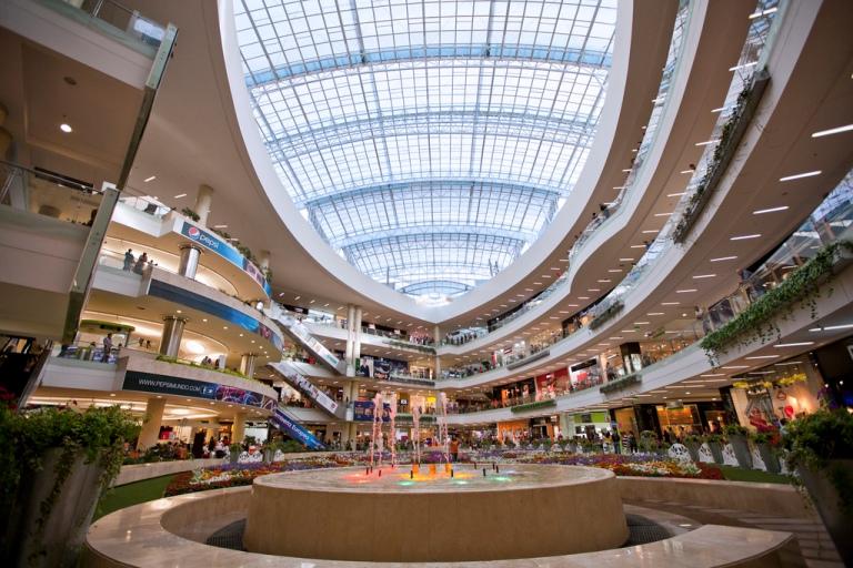 60. Centro Comercial Santa Fe