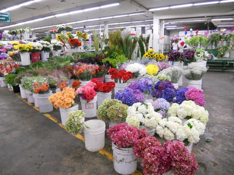 66. Mercado Original de Flores de LA