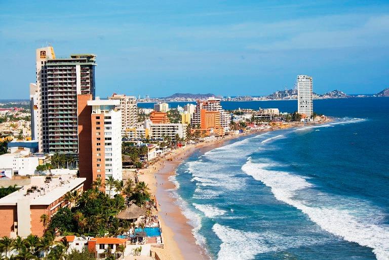 7. Playas de Mazatlán