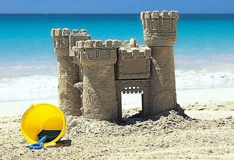 2. Castillo de arena