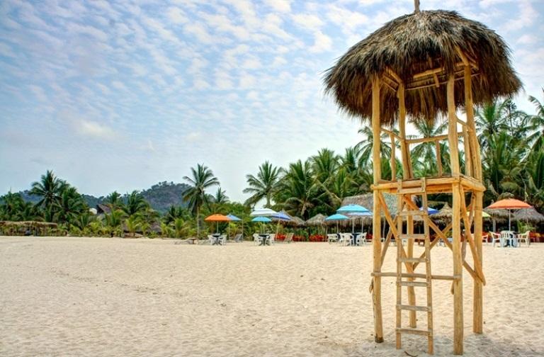 2. Disfruta de su playa