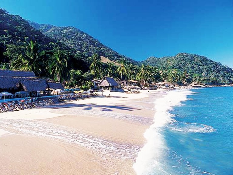 31. Playa Quimixto