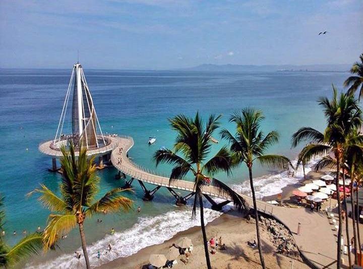 35. Playa Los Muertos